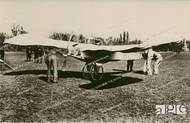 Blériot V at Bagatelle, 27 March 1907.