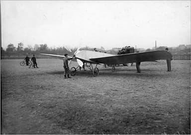 Bleriot VII at Issy-les-Moulineaux November 1907