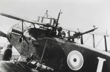 Bristol Fighter with Foster-Mounted Lewis Gun
