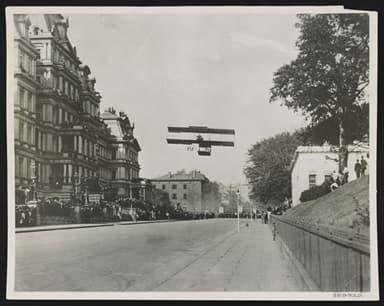 Claude Graham-White Flies Along West Executive Avenue October 14, 1910