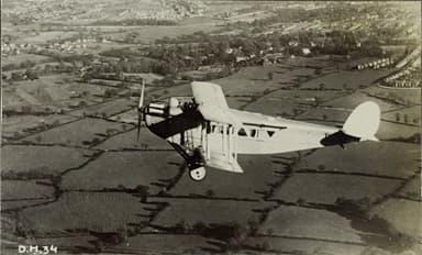 De Havilland DH.34 in Flight