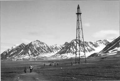 Example of Polar Airship Mooring Mast at Ny-Ålesund, Svalbard