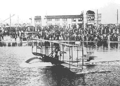 First take off run of Benoist XIV, January 1, 1914