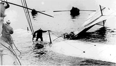 French Torpedo Boat Destroyer Harpon Rescues Latham, 19 July 1909