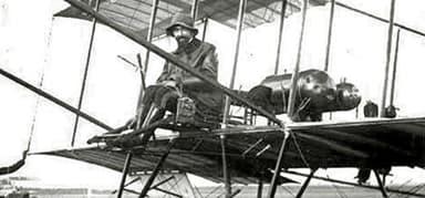 Giulio Gavotti in a Farman Biplane (Rome, 1912)