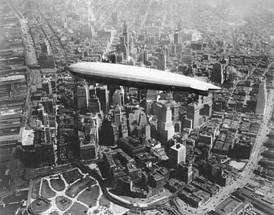LZ-126 Z3-R USS Los Angeles Over Manhattan (1930)