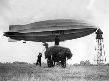R100 at Cardington Mooring Mast (1930)