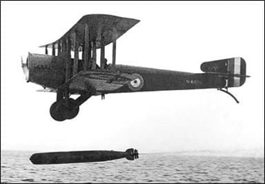 Sopwith T.1 Cuckoo Biplane Torpedo Bomber