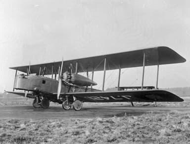 Vickers Virginia Twin Engine, Heavy Biplane Bomber (1922)