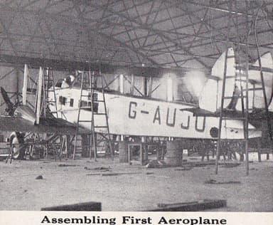 West Australian Airways DH.66 Hercules Assembling