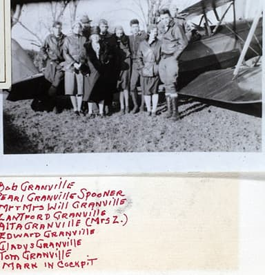 'Granville Clan' with Gee Bee Model A
